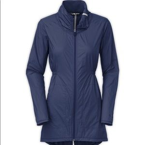 The North Face NUEVA Trench Jacket